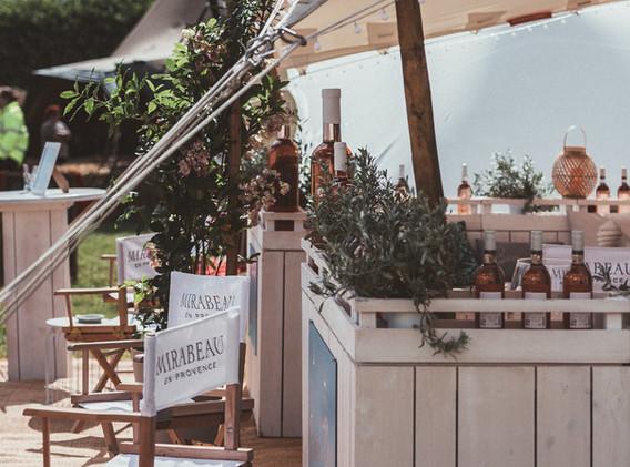Bar im Freien