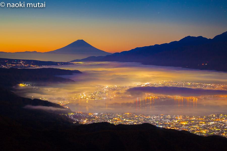 富士山と諏訪の夜景 高ボッチ