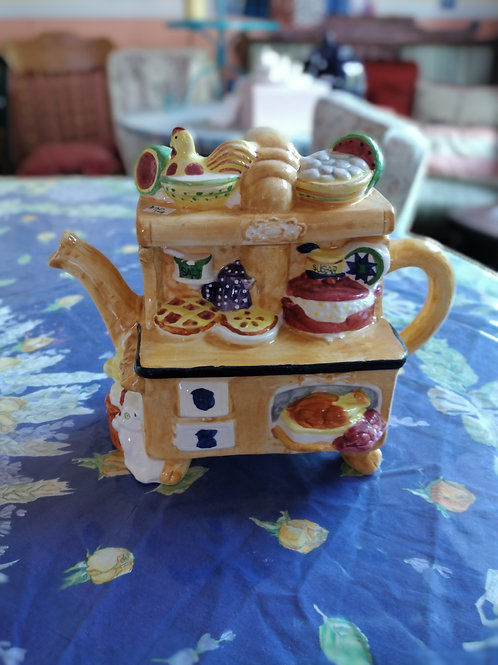 Decorative Teapot- Kitchen Pantry or Stove-top