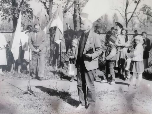 Могила Зажури і Хрест Скорботи нагадують про трагічні події Голодомору 1932-33 років