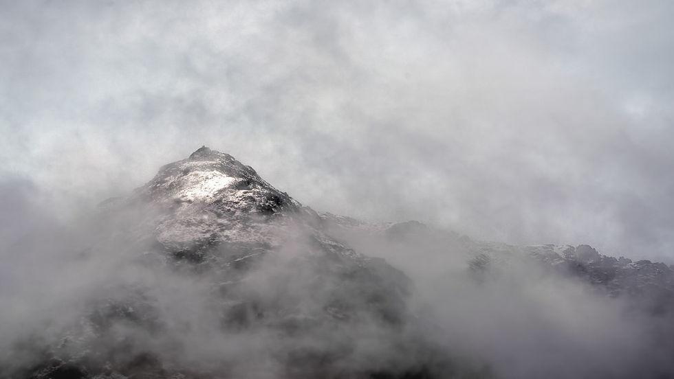 SNOWDON APPEARING VIA GRIB GOCH