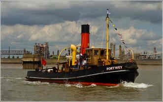 D STEAM TUG PORTWEY  by J Pellatt.jpg
