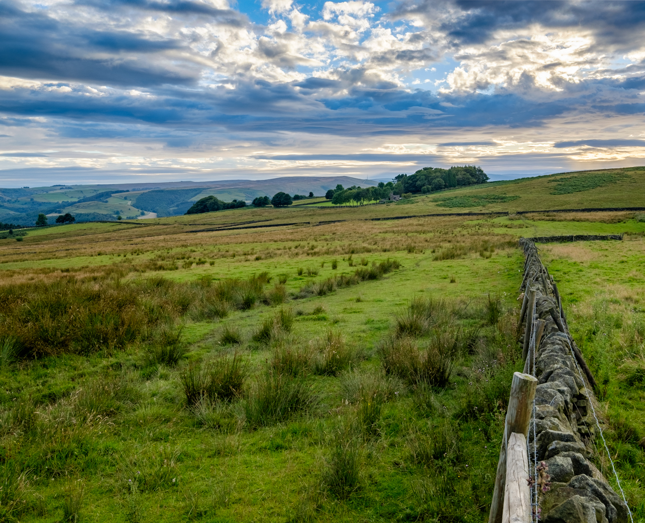 PEAK DISTRICT EVENING by Chris Reynolds