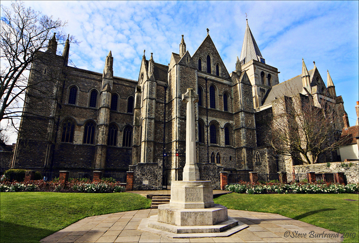 3 Rochester Cathedral & War Memorial