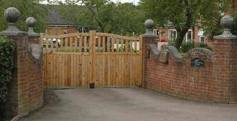 Gates_22 by Terry Ravell.jpg