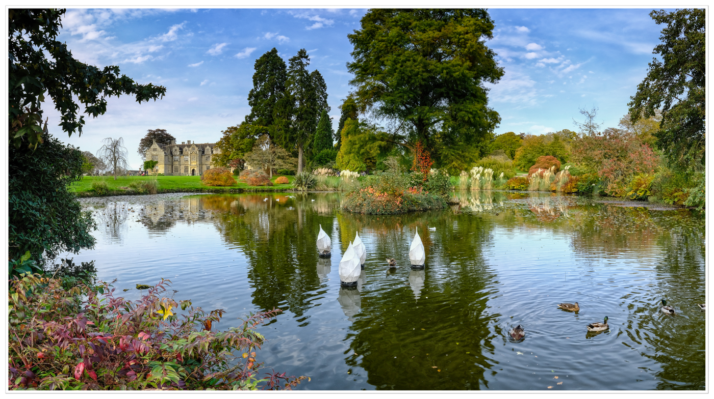 WAKEHURST PLACE by Chris Reynolds