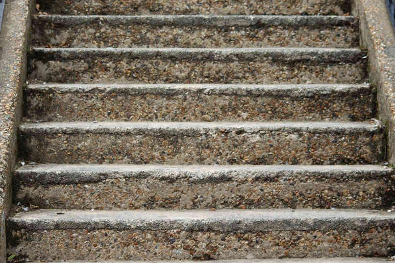 Steps_02 by Adrian Charlton.jpg