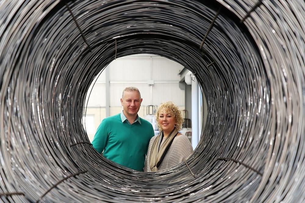 Image of Peter and Deborah Robinson of DR Baling