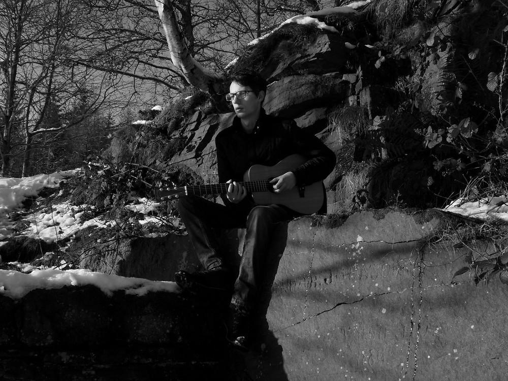 Promo Image of Toby Burton