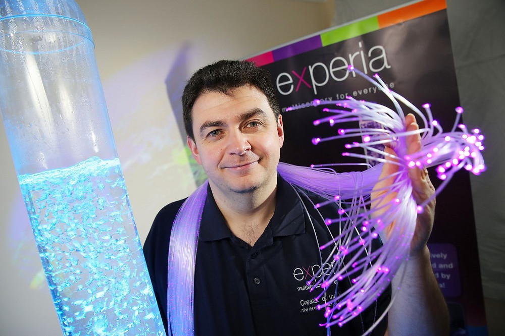 Picture of Gareth Jones, MD of Experia and link to Experia website