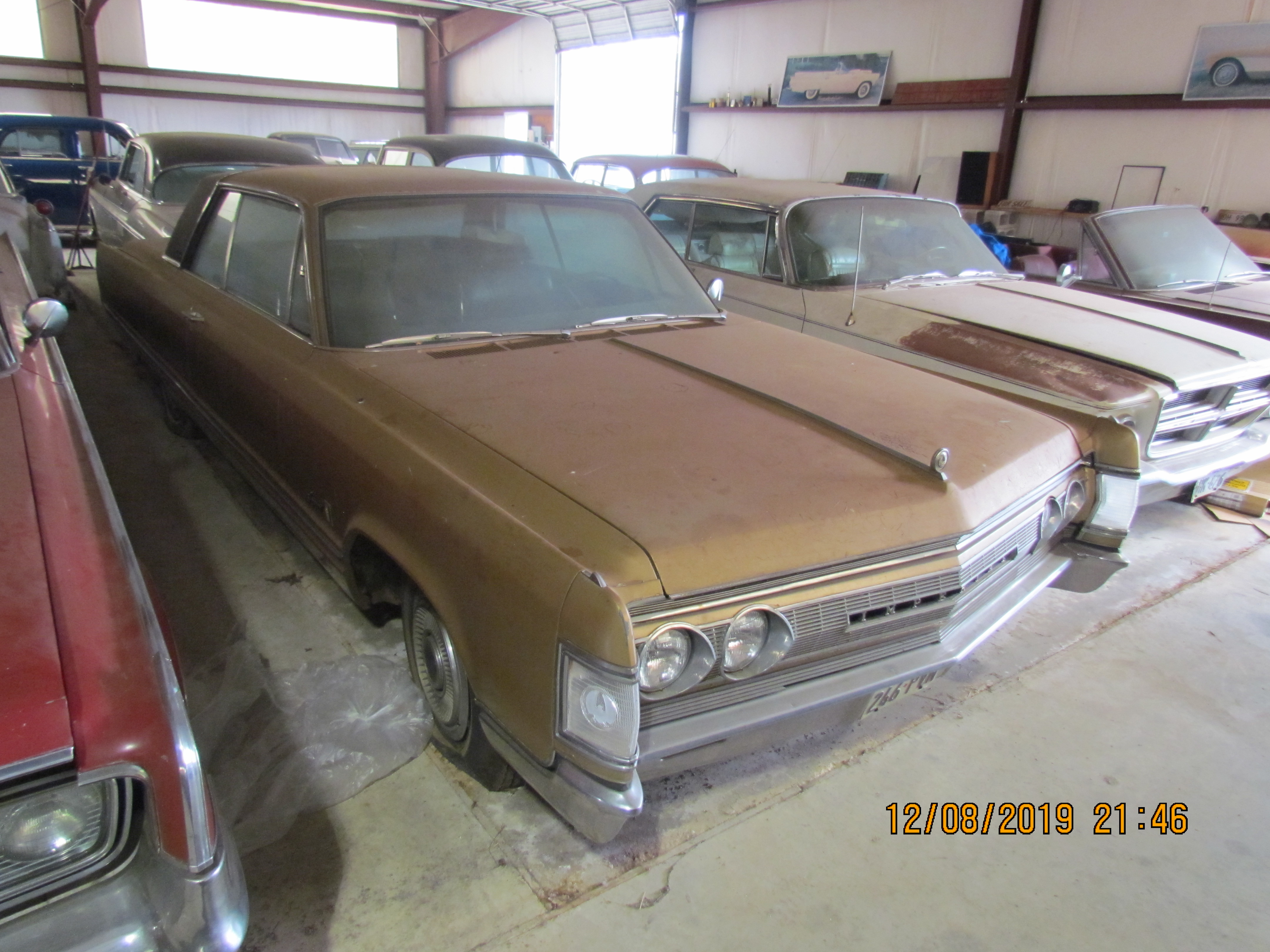 67 Chrysler Imperial Crown Coupe 2Dr