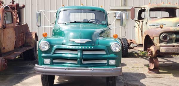 SOLD!!Vintage 1954 Chevrolet 6100