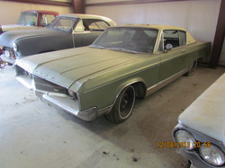 PENDING SALE 1968 Chrysler New Yorker 2dr