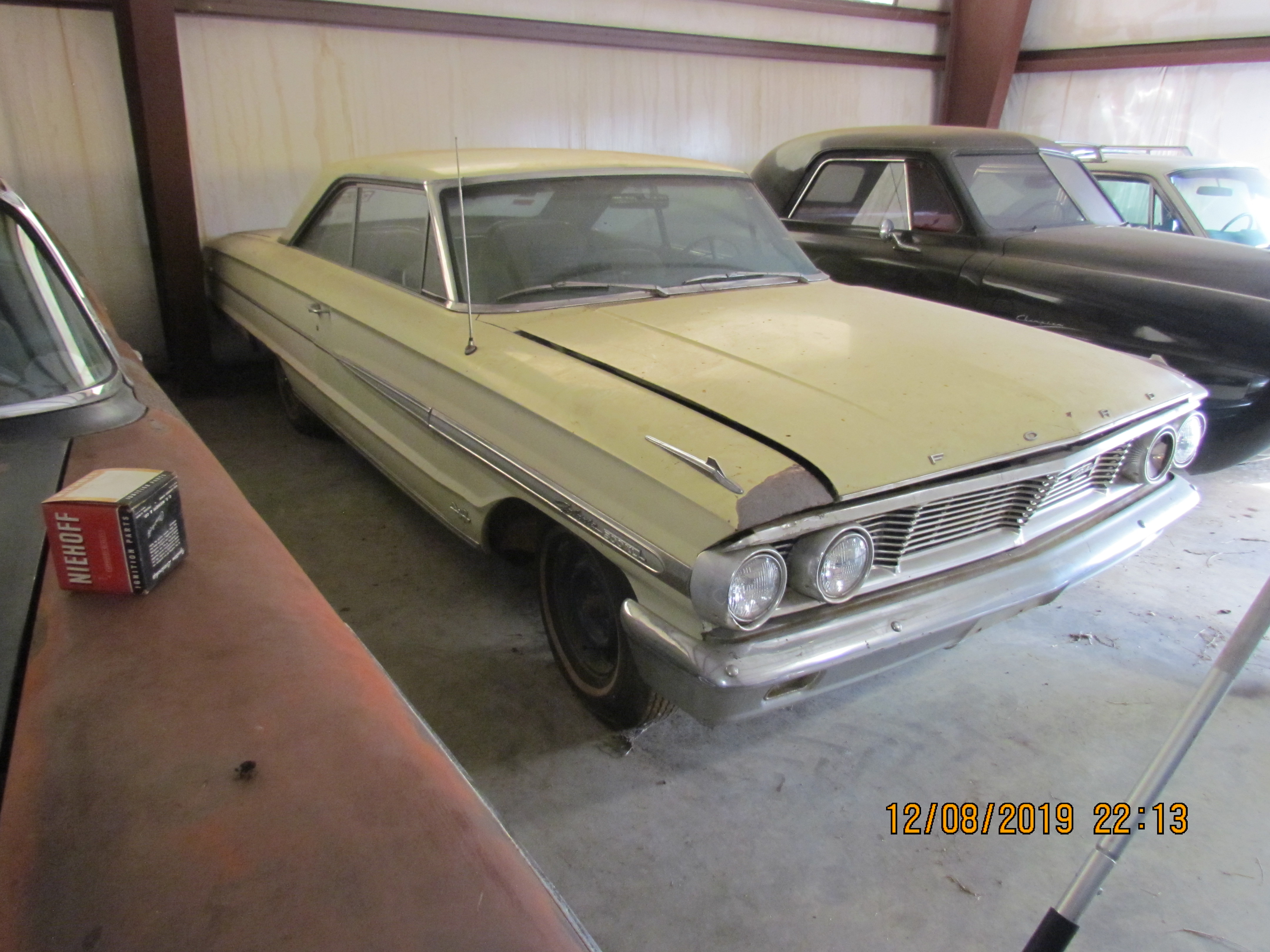 SOLD!! 64 Ford Galaxie 500 XL