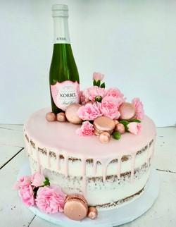 Champagne & Macaroons