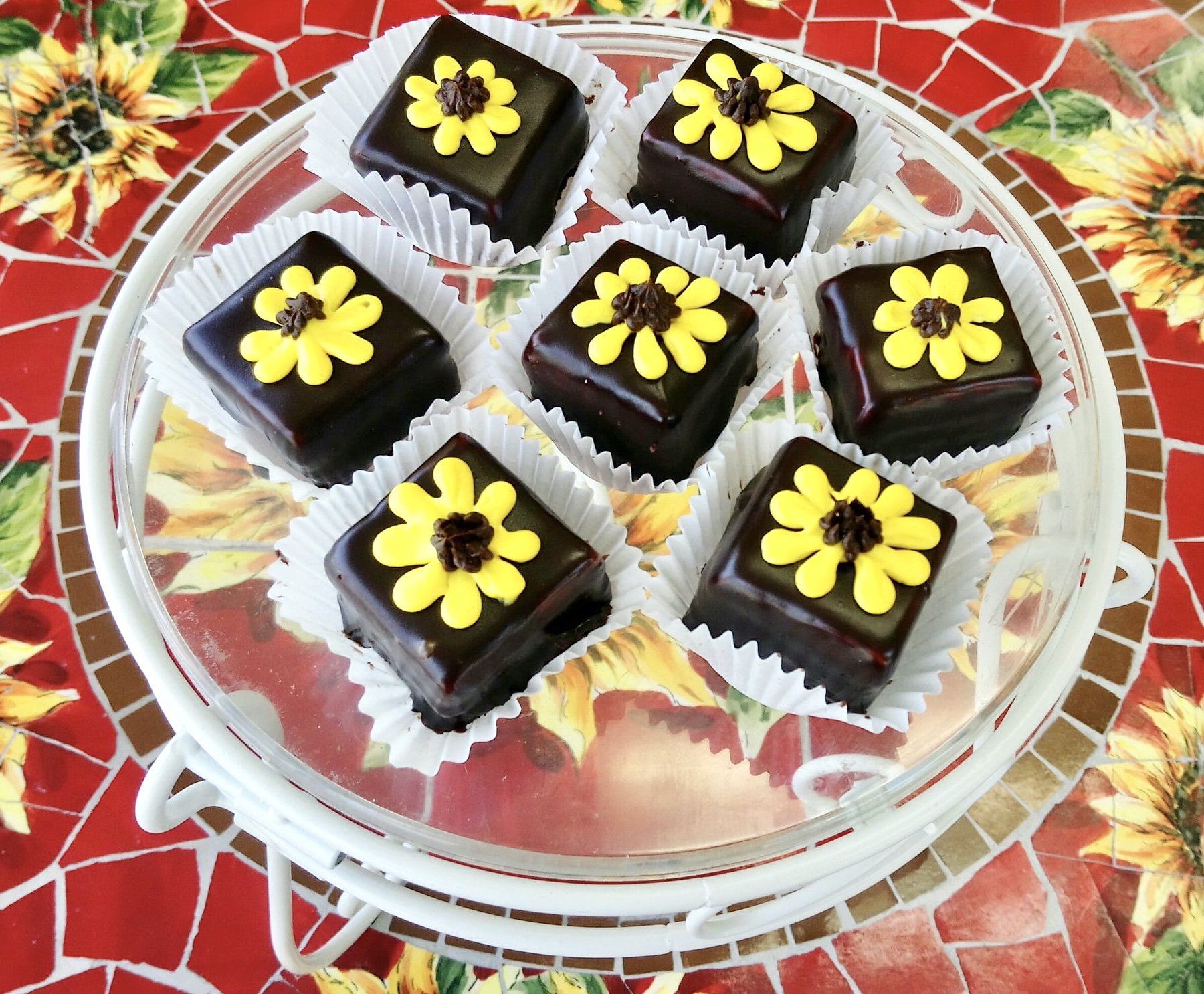 Sunflower Petit Fours