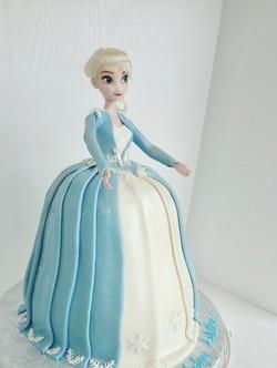 Elegant Elsa