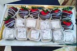 Chocolate-Dipped Strawberry and Brownies