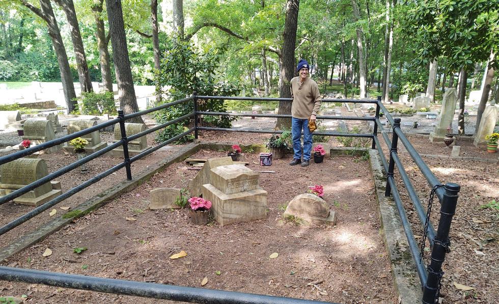 Flemister Headstone Before Restoration