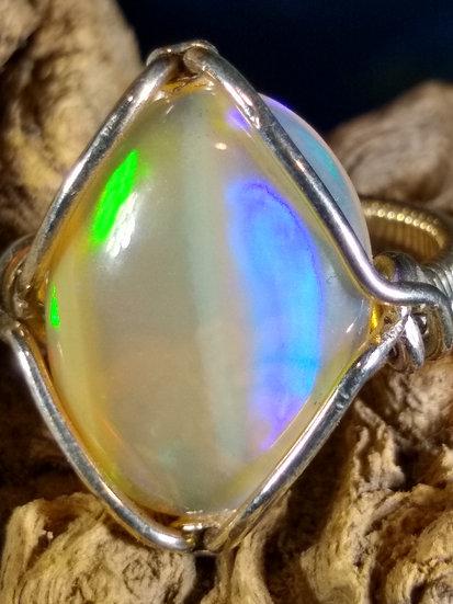Welo Opal Ring