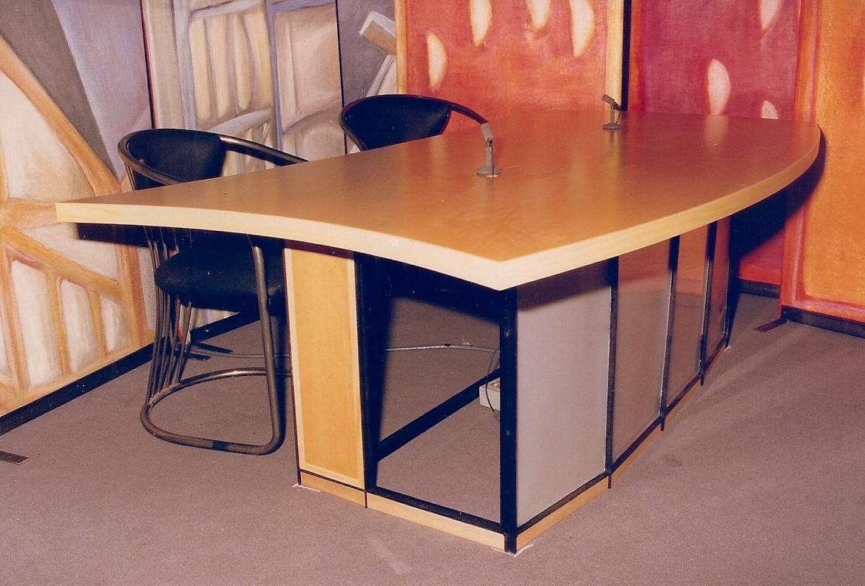 Table Studio TV Rennes