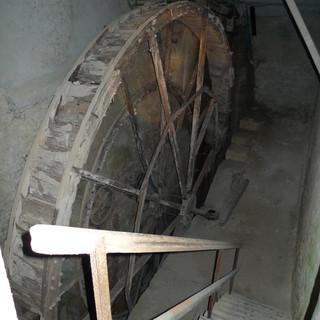 Wasserrad 10m