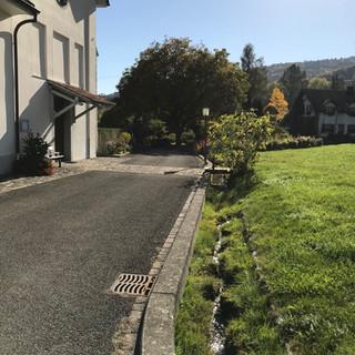 Entlang der Kapelle Böttstein