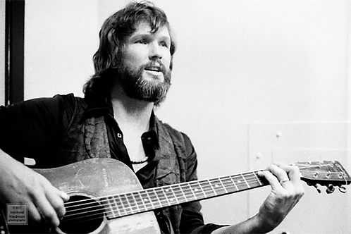 226 Kris Kristofferson, Backstage at the Dean Martin Show, 1973