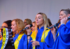 lucan-gospel-choir-en-el-creative-connex