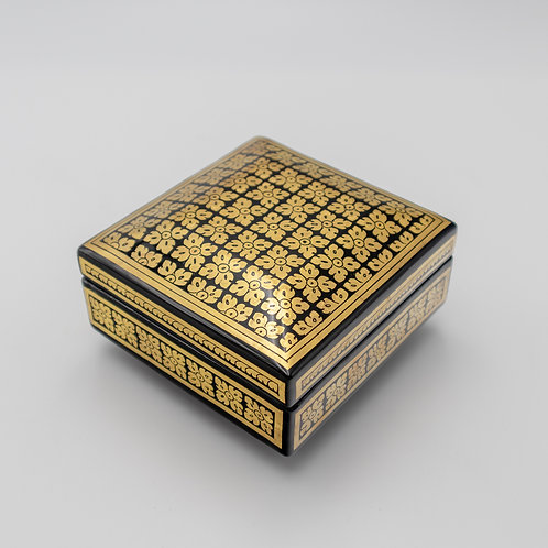 "5"" x 5"" Golden Box"