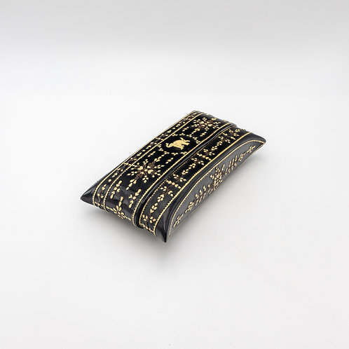 Purse With Palm Leaves