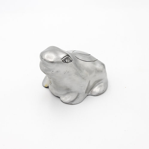 Frog (White)