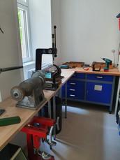 Ein Blick hinter die Kulissen: in unseren hauseigenen Werkstätte erledigen wir alle Service- und Reparaturarbeiten.