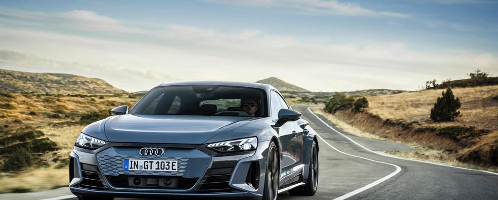 Audi GT (2).jpg