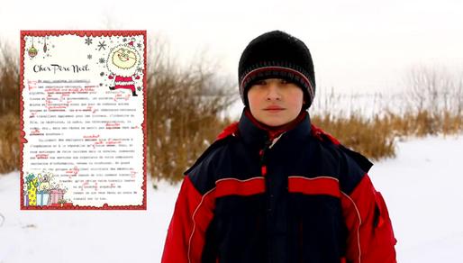 Le Père Noël lui renvoie sa lettre...corrigée