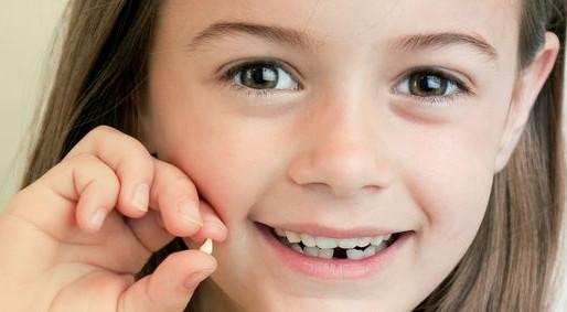 COVID-19: Elle reçoit un transfert Interac de la fée des dents