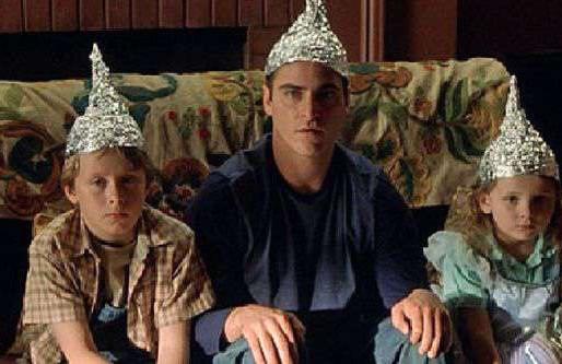 Un chapeau d'aluminium protégerait des effets de la 5G
