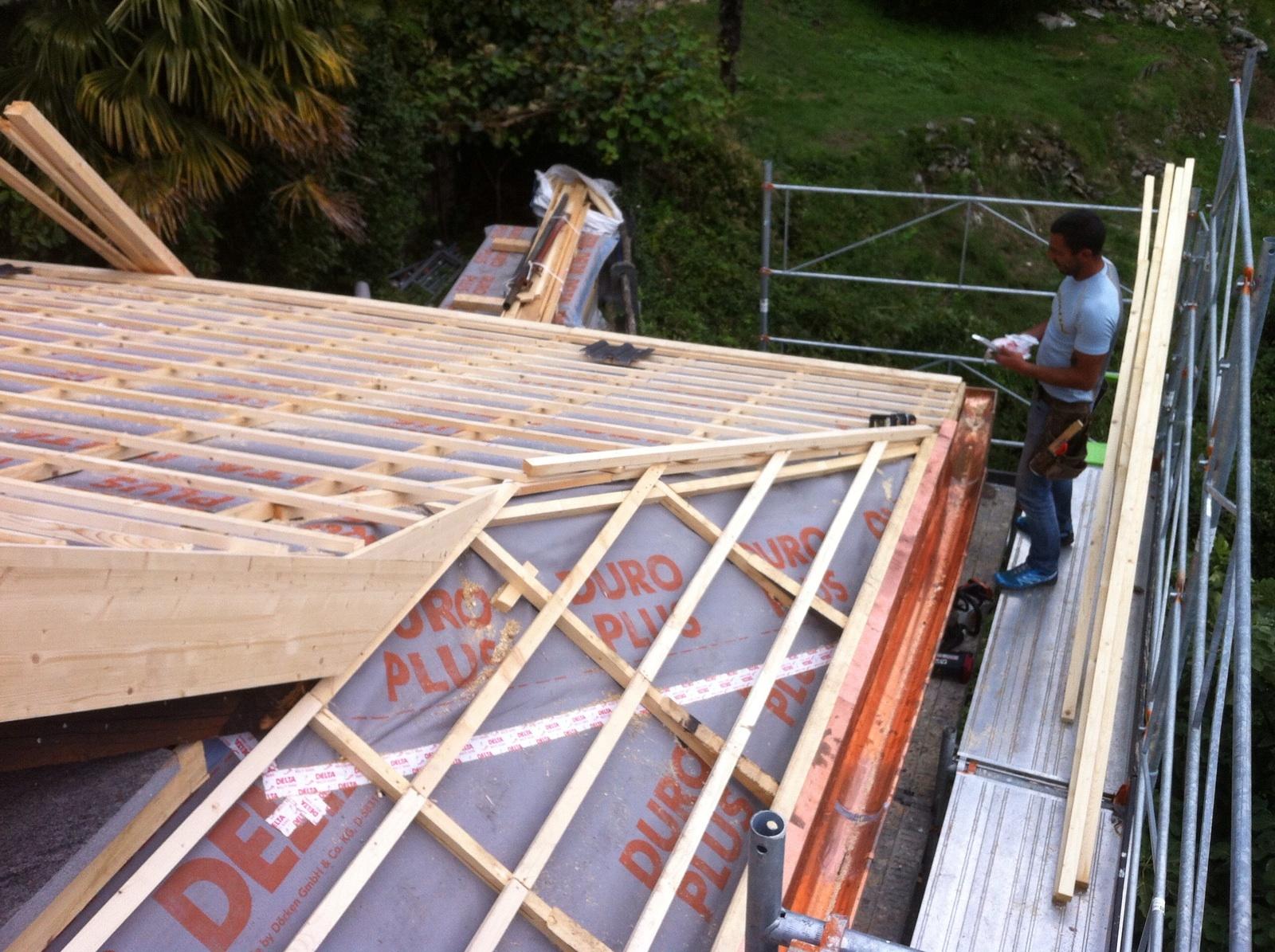 Risanamento tetto ad Auressio (1)