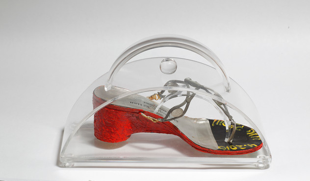 Striding in Purses (16), 2010, mixed media inside a perspex purse