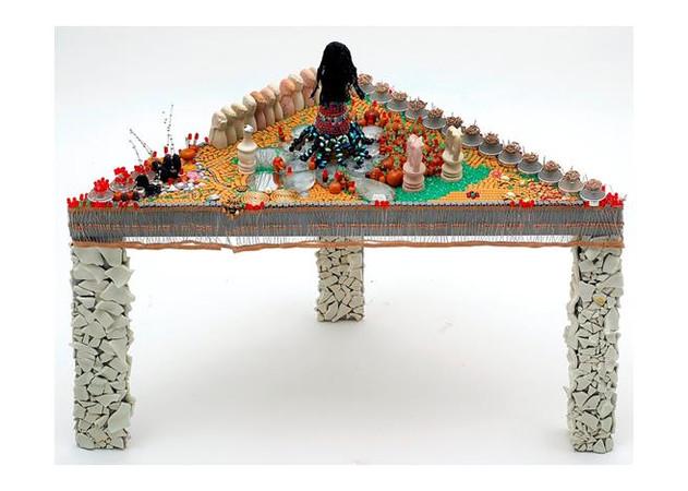 Fantastic Garden, 2009, mixed media, 46x78x57