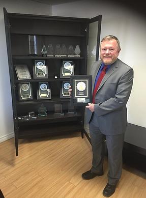 Mario Lepage est récipiendaire de nombreux prix de l'industrie du courtage hypothécaire