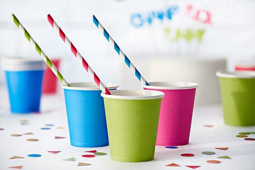 Mitmevärvilised triibulised paberist joogikõrs