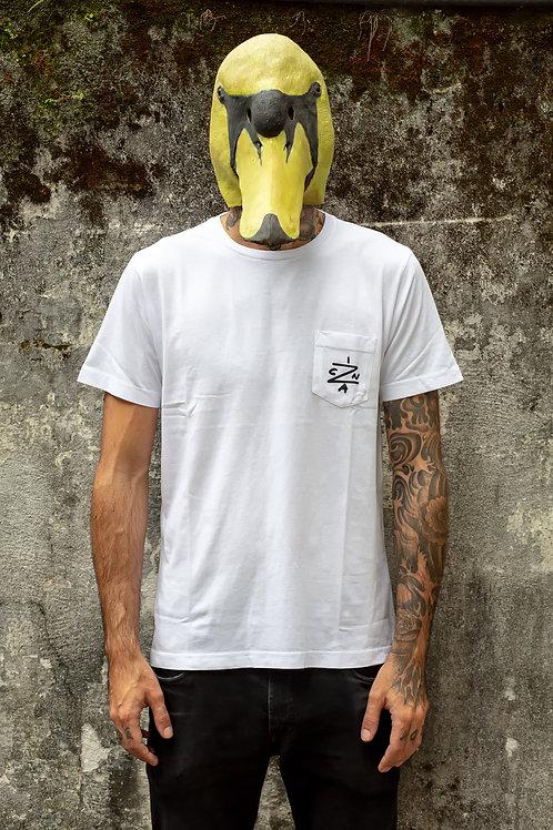 Camiseta Cinza com Bolso