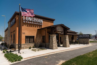 Lunch Outing to Longhorn - June 11