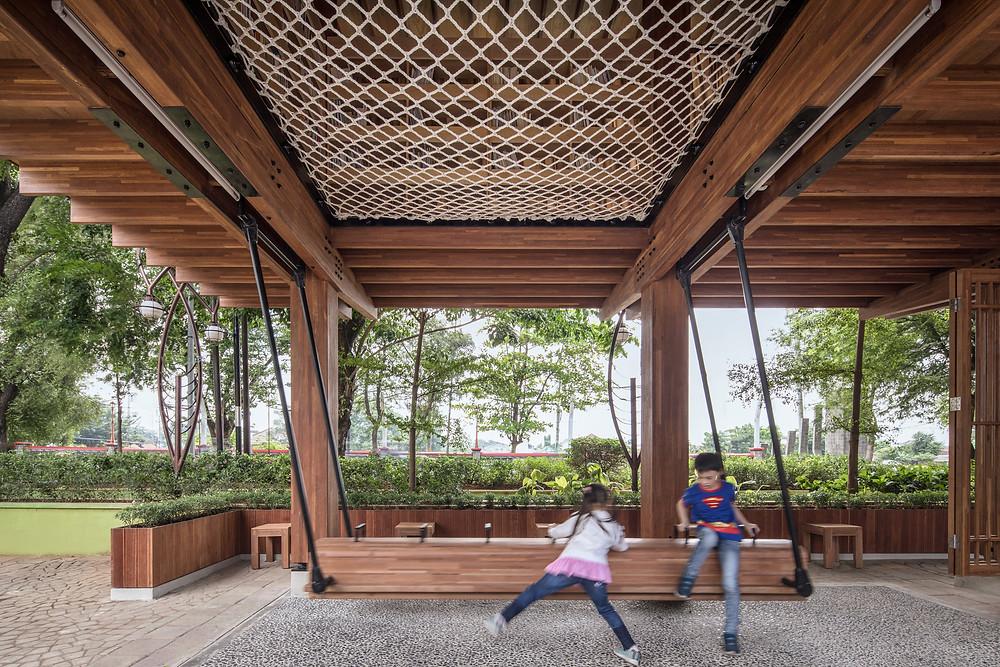 Microbliblioteca Warak Kayu, en Semarag, Indonesia | Diseñadores SHAU.