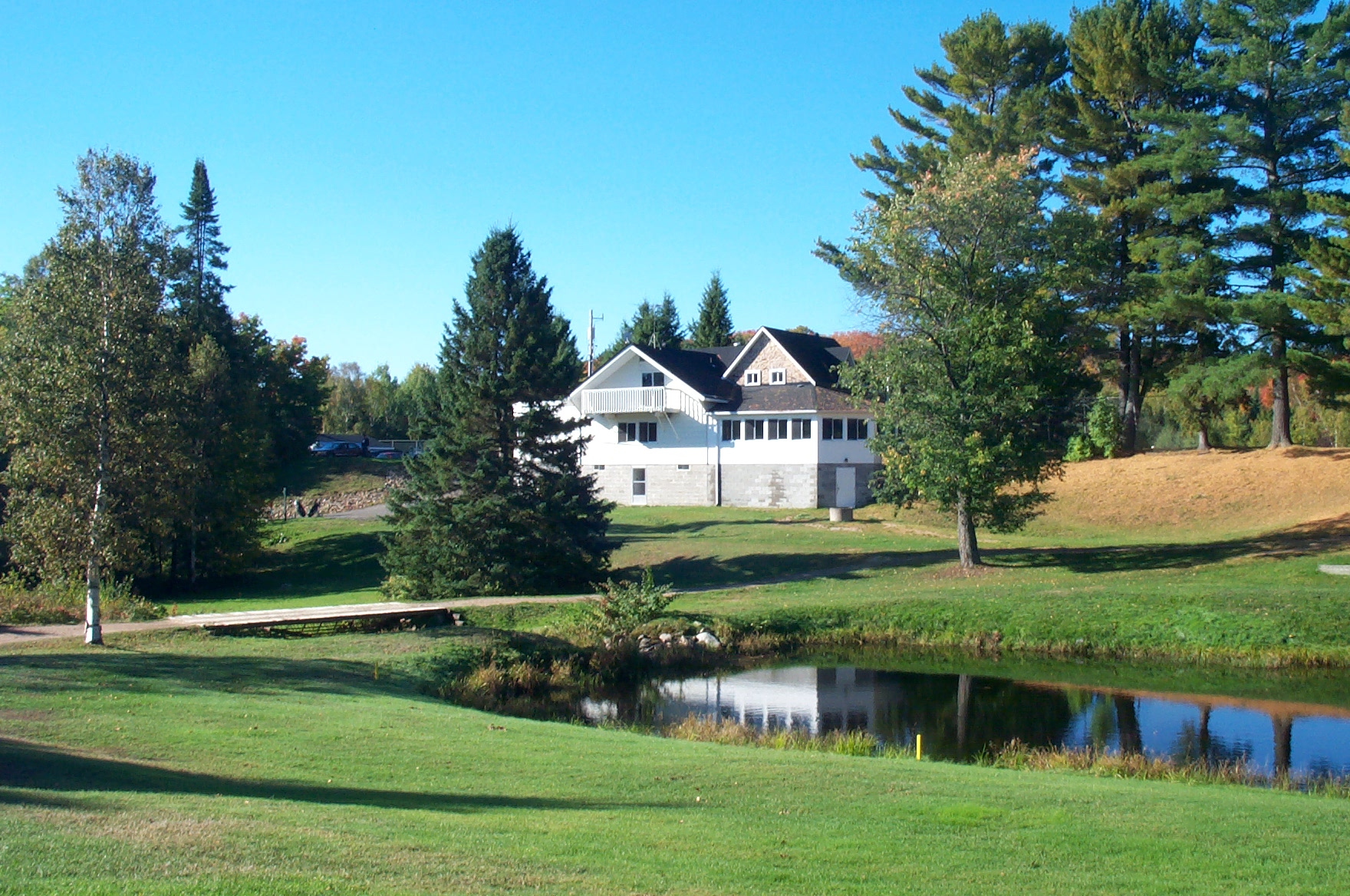 Clubhouse & Pond.jpg