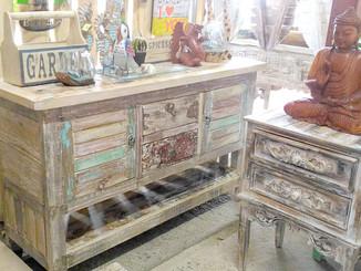 古木のシャビーシック家具