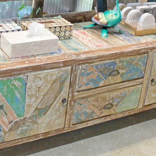 古木のパステルシャビーローボード