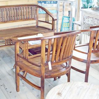 チークの2人ベンチとイスとテーブルセット
