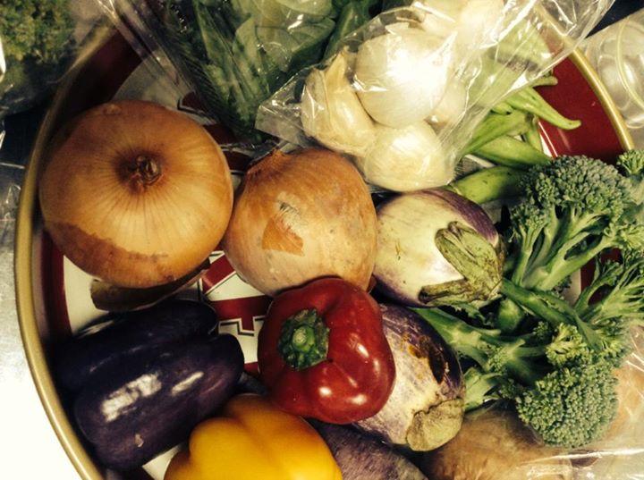 Facebook - 勇気栽培野菜届いてます  夜も、オープンいたします! お席ご用意出来ます。 勇気栽培野菜食べに来てください(((o(*゚▽゚*)o)))